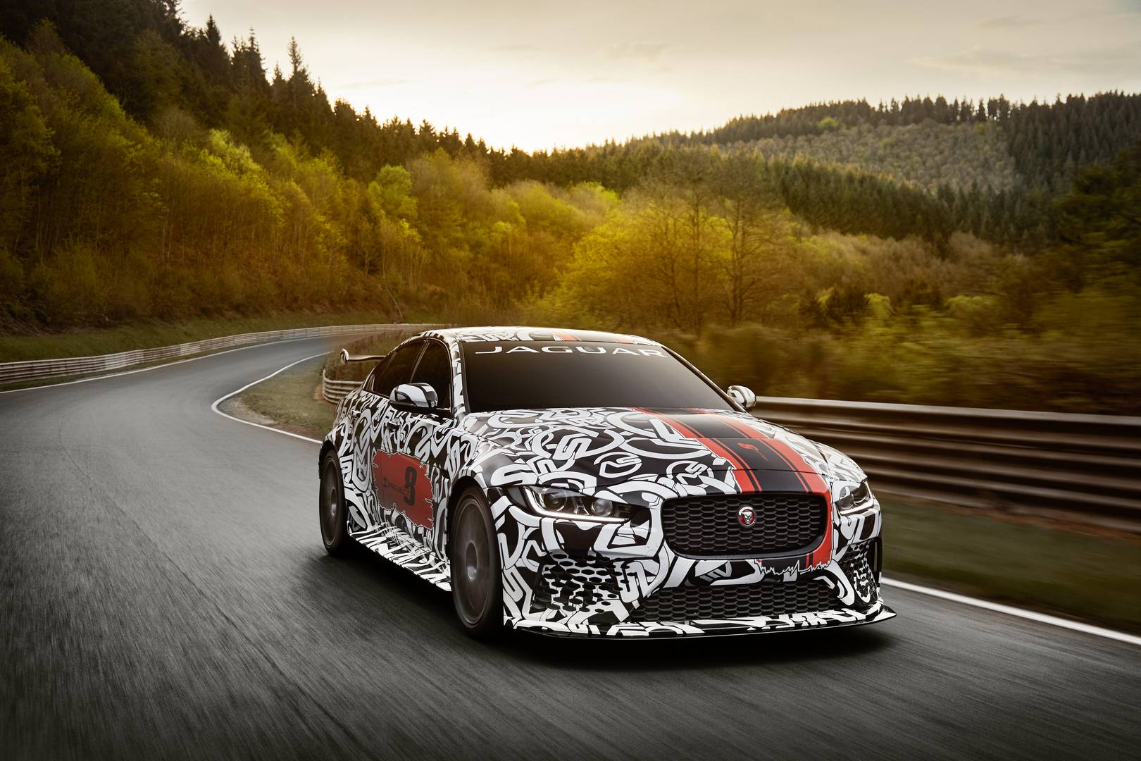 600hp Jaguar XE SV Project 8 Revealed – 300 Units Only