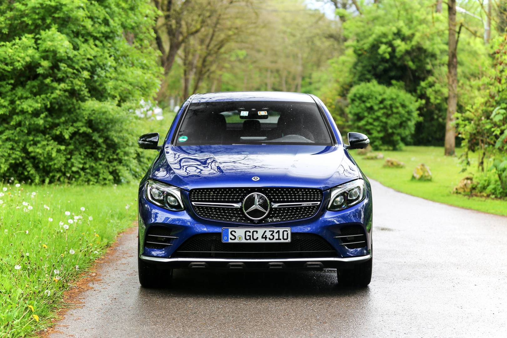 2017 mercedes amg glc 43 coupe review gtspirit. Black Bedroom Furniture Sets. Home Design Ideas