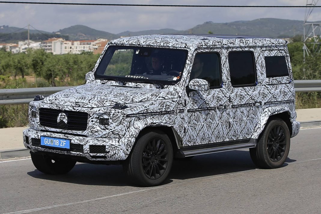 new generation mercedes benz g class the spy shots. Black Bedroom Furniture Sets. Home Design Ideas