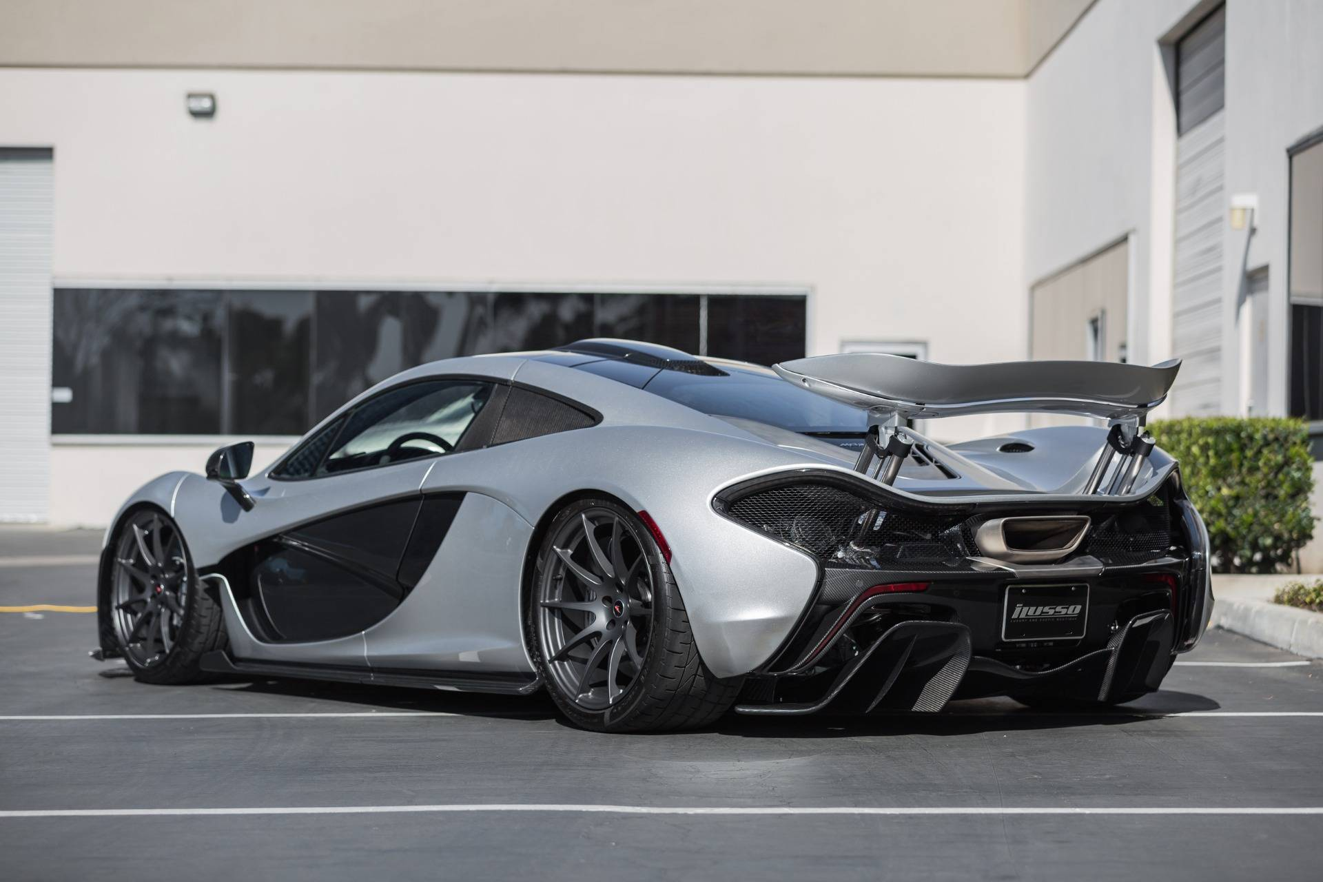 Mclaren Price 2017 >> Supernova Silver McLaren P1 for Sale in the US at $2,399,000 - GTspirit