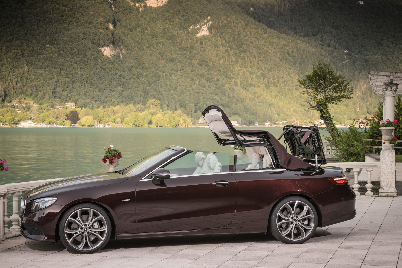 2018 mercedes benz e class cabriolet review gtspirit. Black Bedroom Furniture Sets. Home Design Ideas