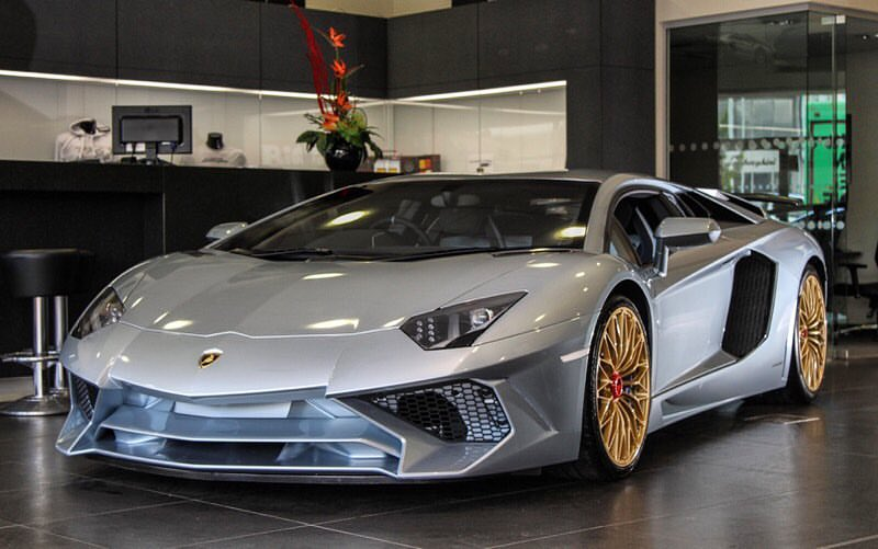Last Ever Lamborghini Aventador SV Revealed in Special Porsche Color  Lamborghini Aventador Gold on 2019 lamborghini murcielago, 2019 lamborghini diablo, 2019 lamborghini black, 2019 lamborghini cars,