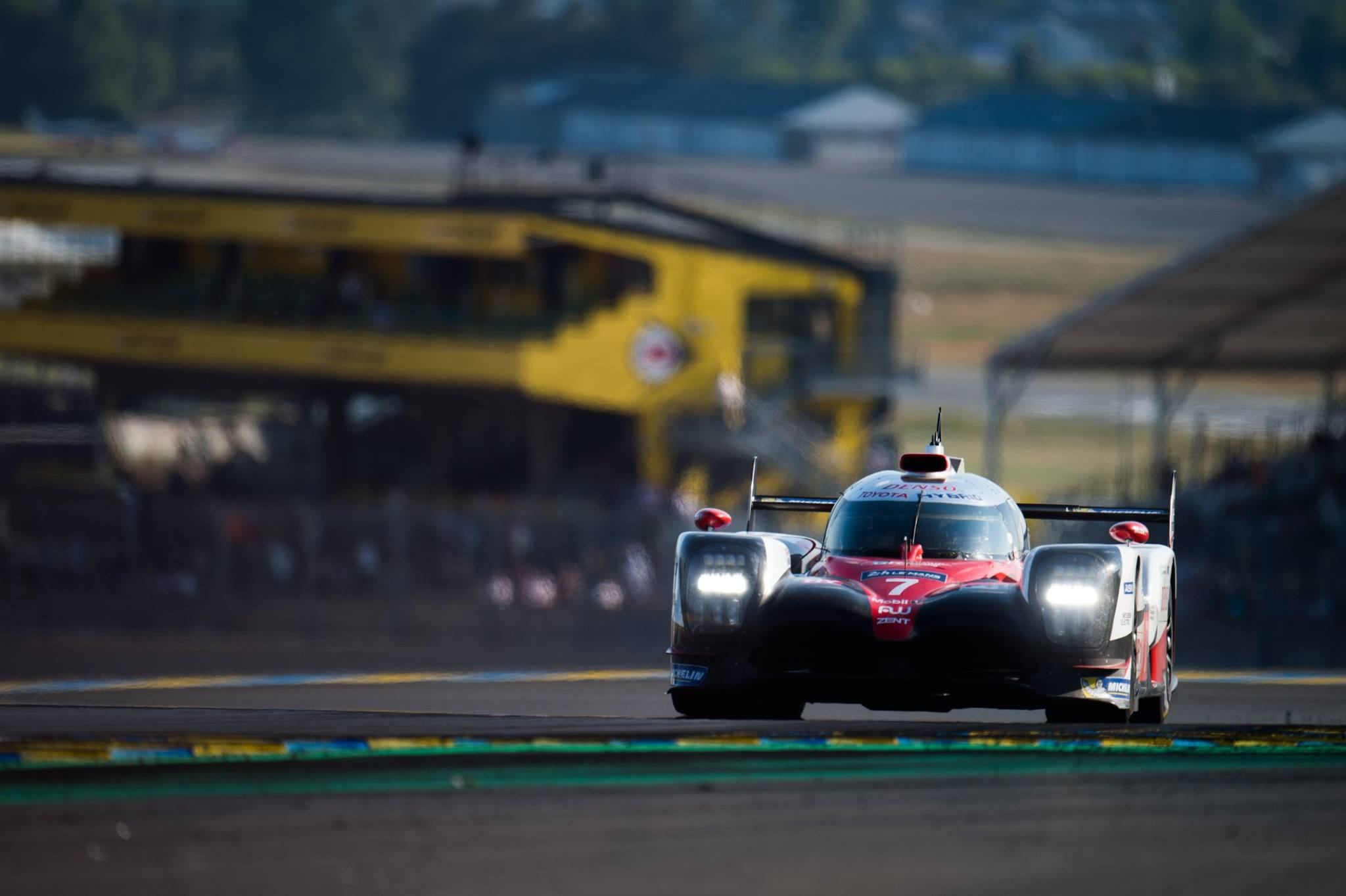 24 Hours Of Le Mans Toyota Fastest In Q1 With 1 2 Stint