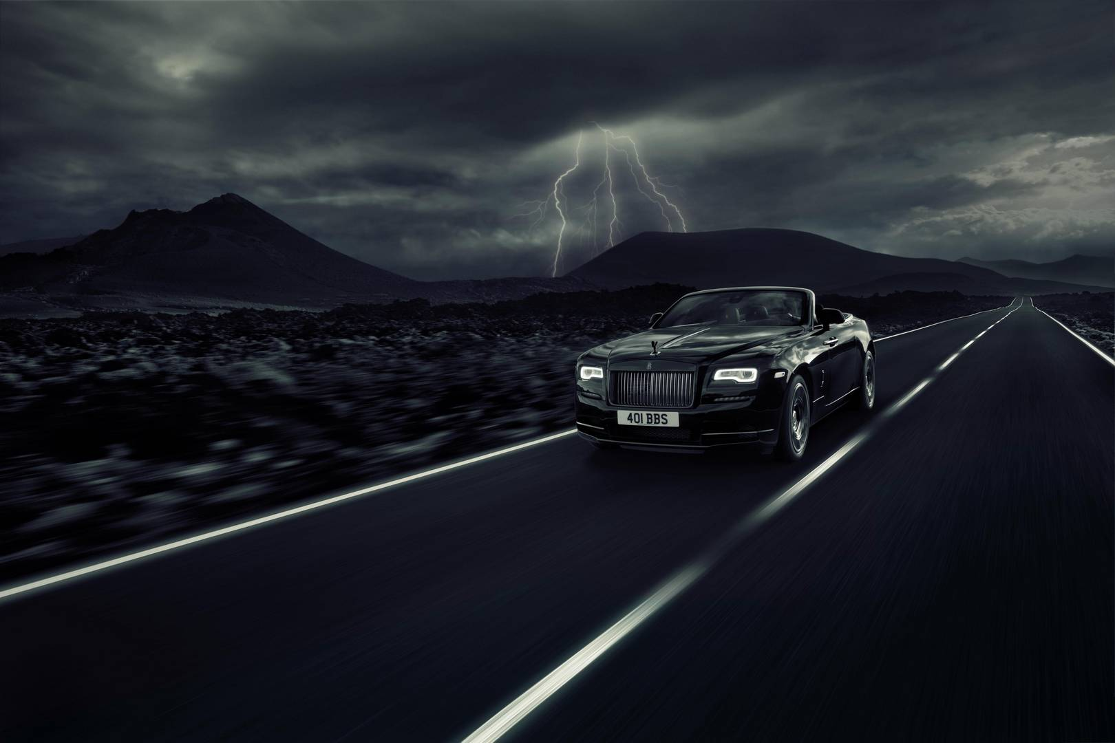 New Rolls-Royce Dawn has Black Badge attitude