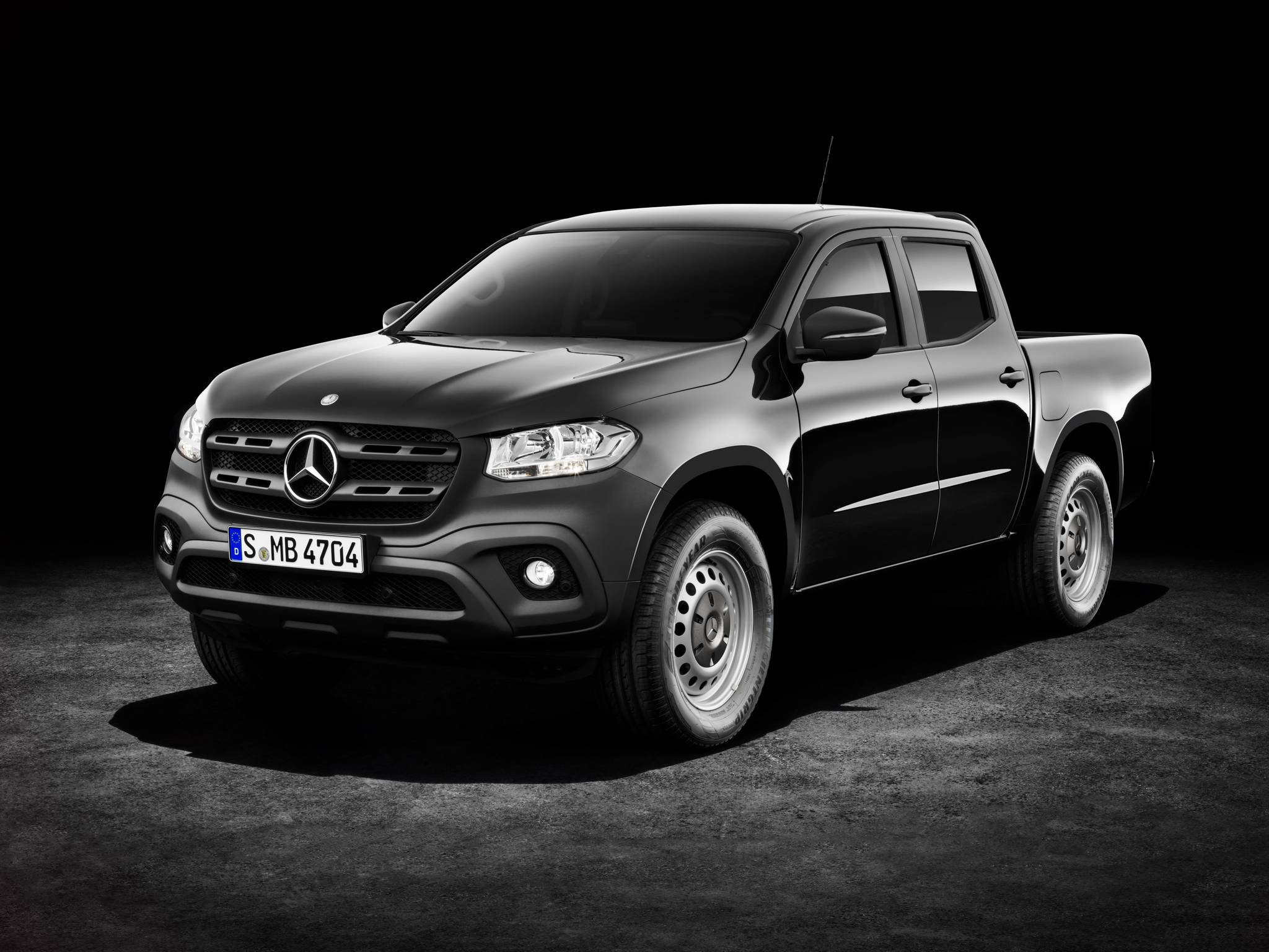 2018 mercedes benz x class first impression gtspirit for Camioneta mercedes benz