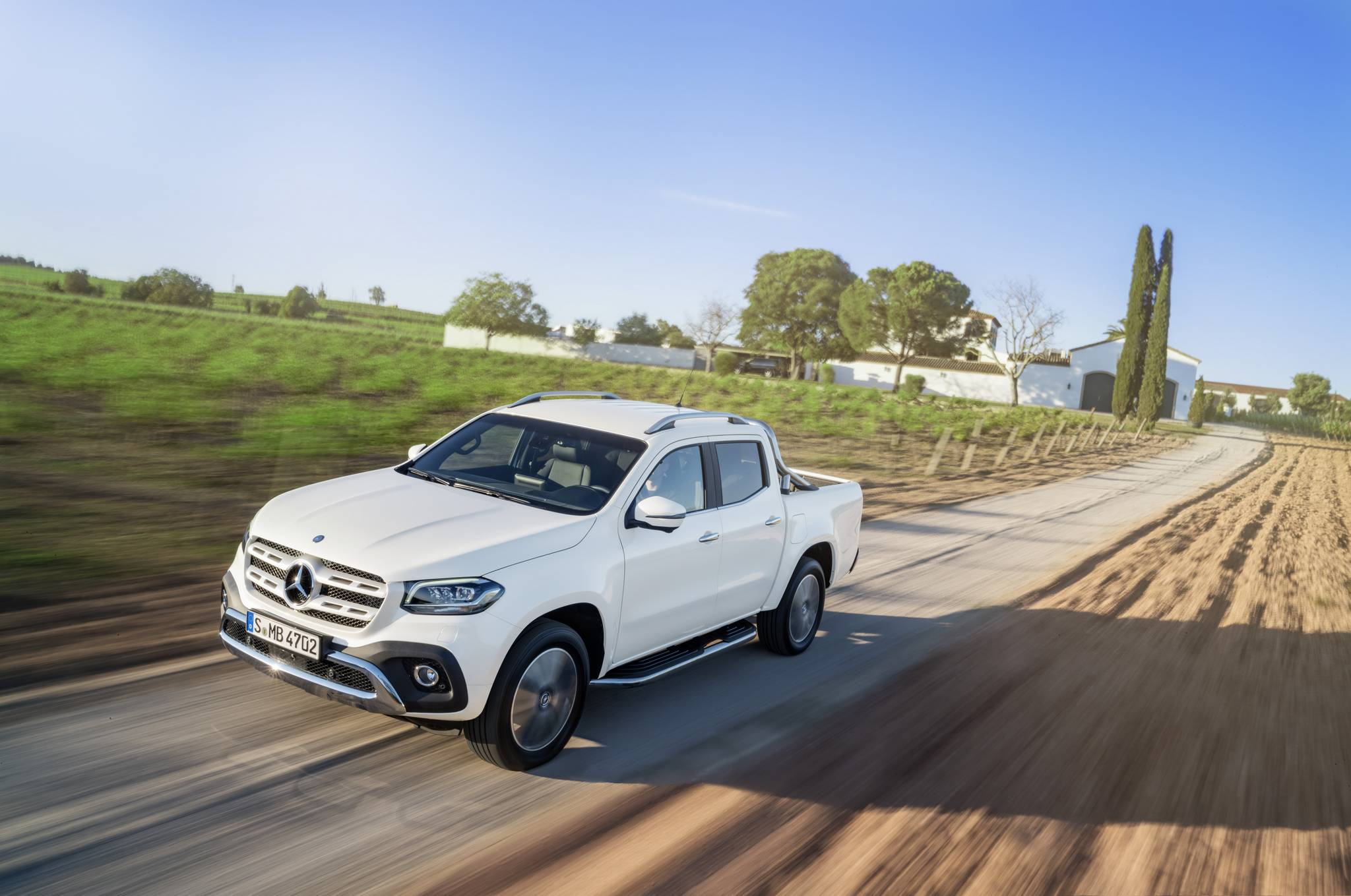 2018 mercedes benz x class first impression gtspirit for Mercedes benz of usa