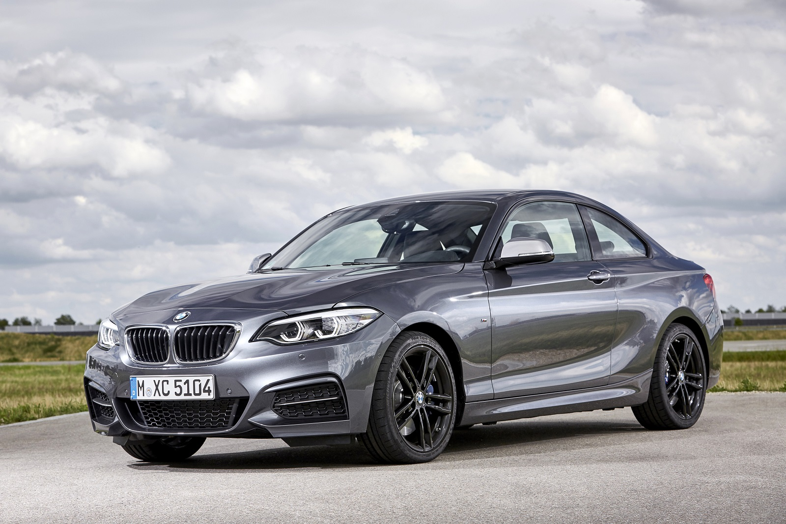 2018 bmw with manual transmission. fine with engine u0026 performance with 2018 bmw with manual transmission