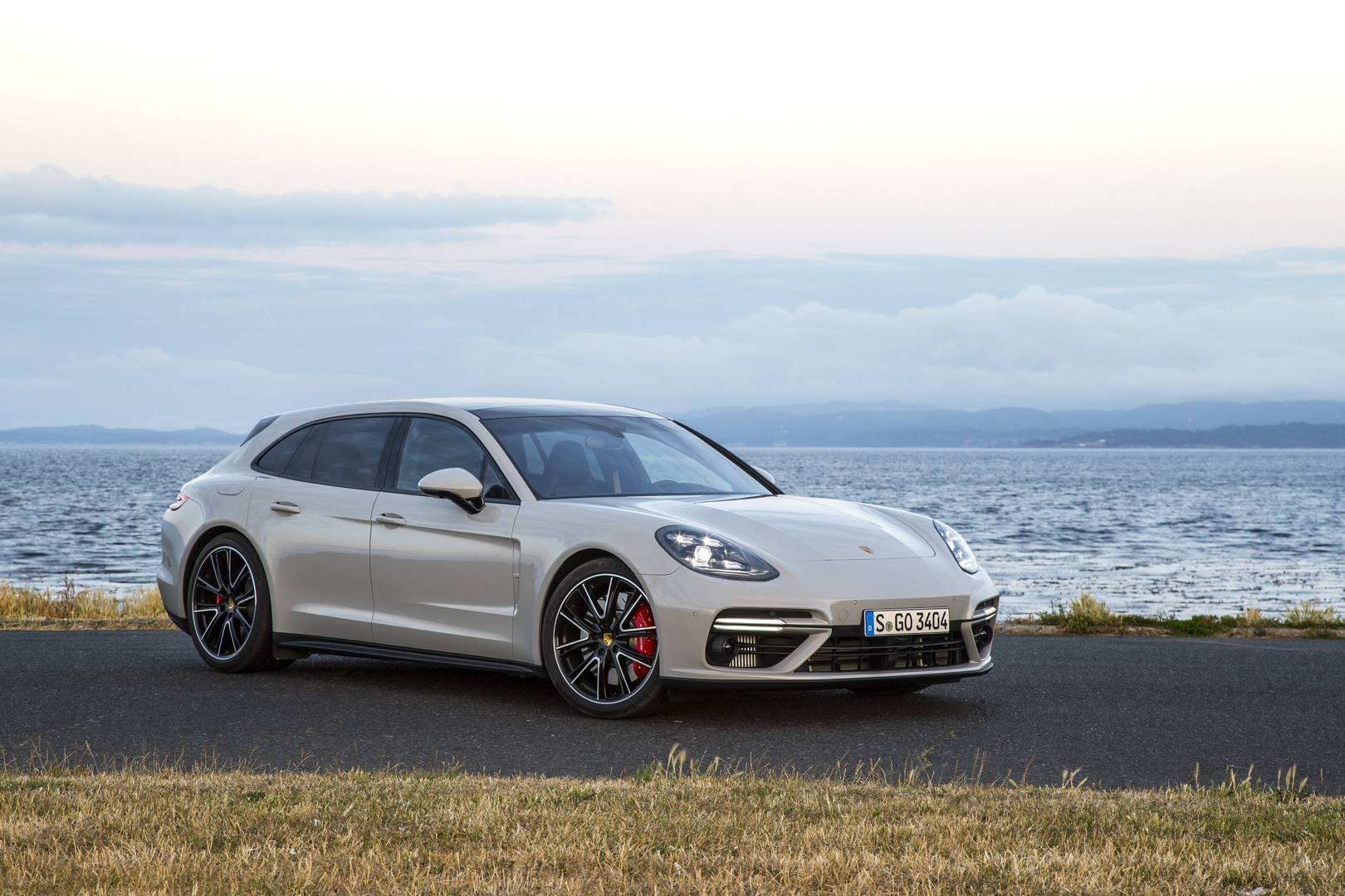 porsche v8 engine with Official Porsche Panamera Turbo Sport Turismo Review on The Ultimate Ferrari 360 Modena Buyers Guide together with W Motors Lykan Hypersport also Mercedes G63 Amg furthermore Range Rover Vogue 2 likewise Porsche Cayenne 2018.