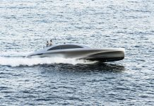 Silver Arrow 460 GranTurismo Yacht by Mercedes-Benz Style