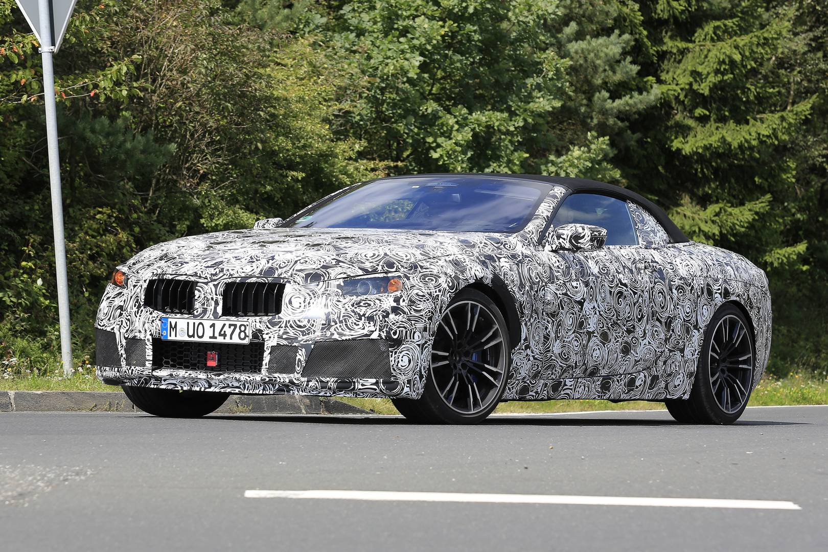 2018 bmw m8. fine bmw 2018 bmw m8 convertible spy shots supercar in bmw m8