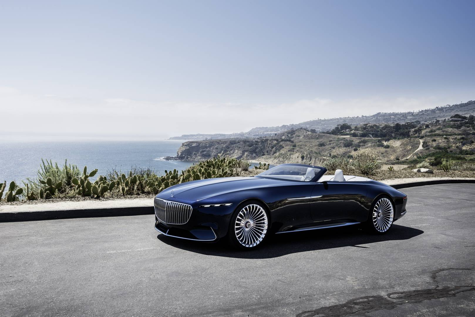 official vision mercedes maybach 6 cabriolet gtspirit. Black Bedroom Furniture Sets. Home Design Ideas