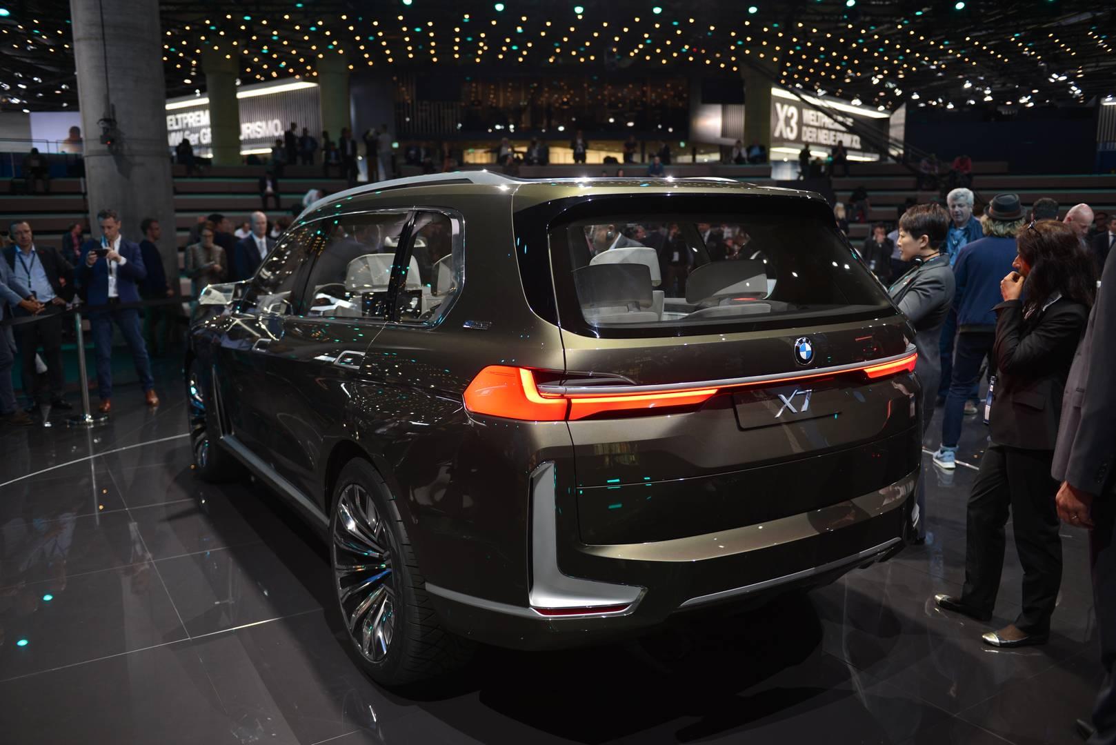 Manhattan Motor Cars >> IAA Frankfurt 2017: BMW Concept X7 iPerformance - GTspirit