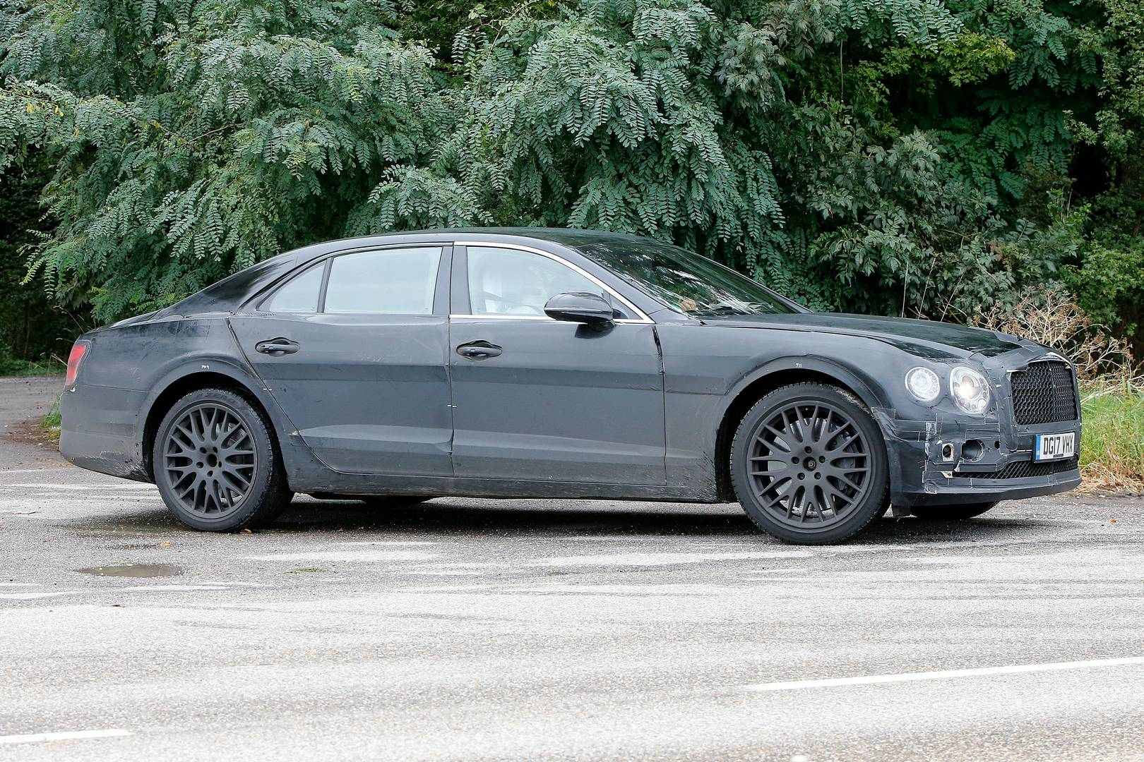 Next Gen Bentley Flying Spur Spy Shots