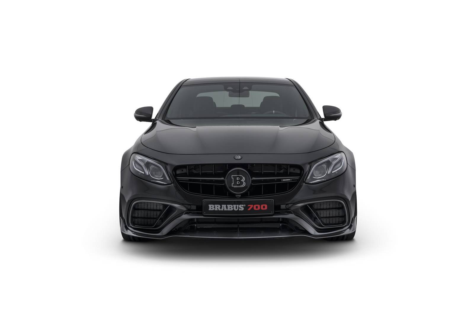 official brabus 700 mercedes amg e63 gtspirit. Black Bedroom Furniture Sets. Home Design Ideas