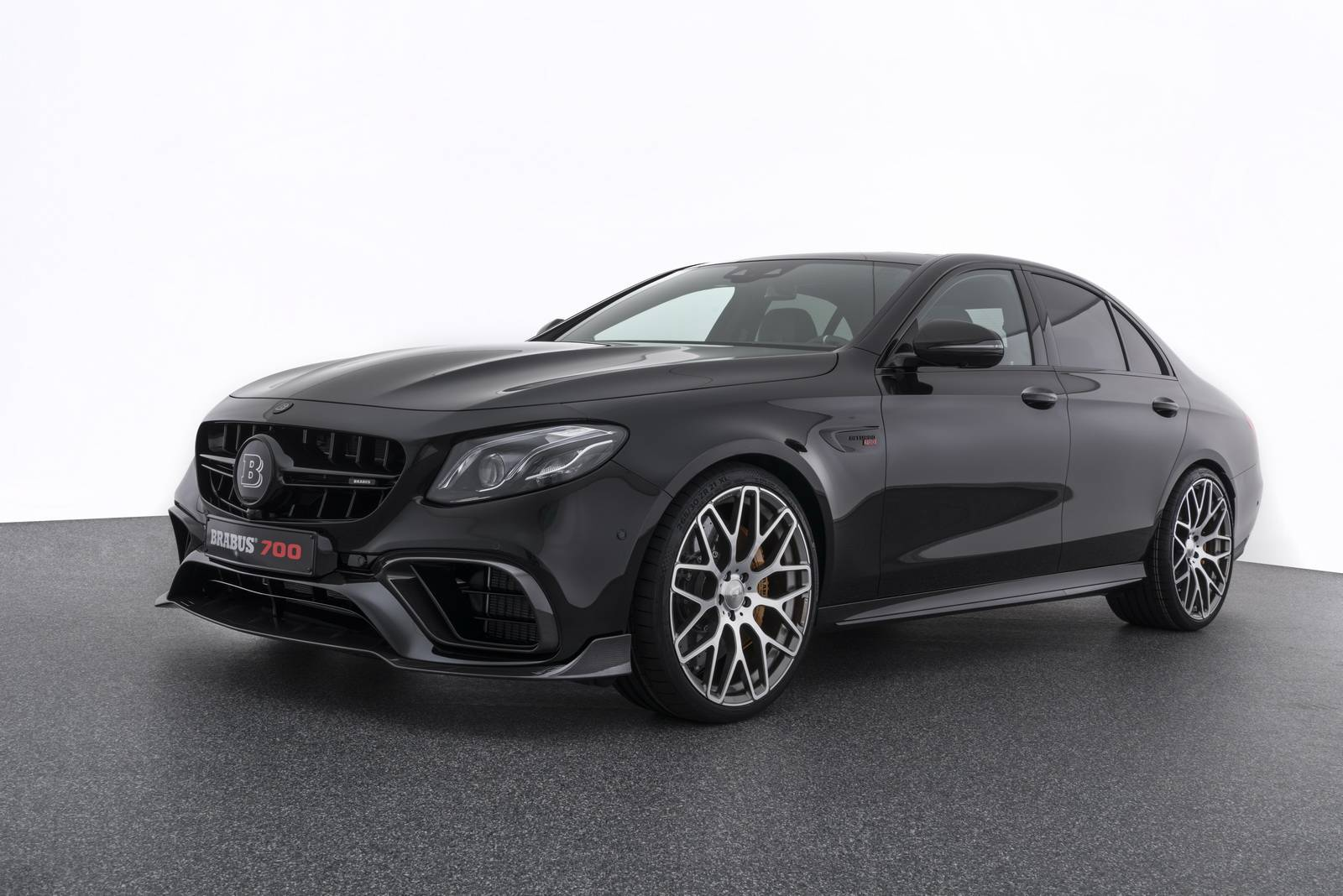 11903 Dimensions Mercedes Cls 500 further Official Brabus 700 Mercedes Amg E63 as well 1103369 2017 Mercedes Benz S Class Cabriolet First Drive Review moreover Mercedes Cj1 moreover Showthread. on mercedes cl 500 coupe