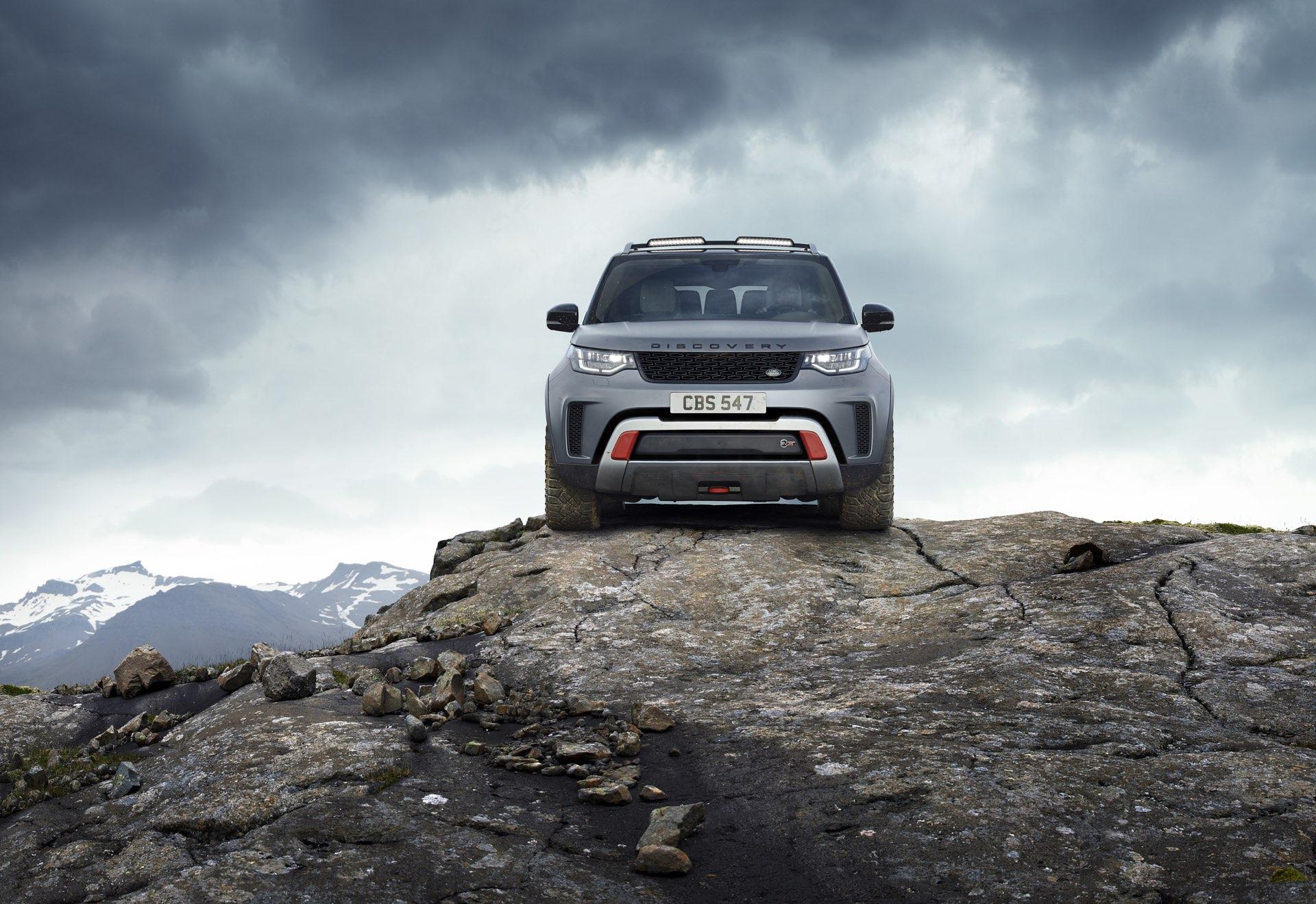 https://storage.googleapis.com/gtspirit/uploads/2017/09/Land-Rover-Discovery-SVX109.jpg