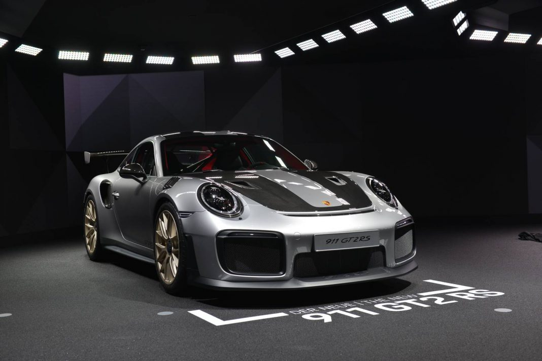 2018 porsche 911 gt2 rs eyes nurburgring record in fresh. Black Bedroom Furniture Sets. Home Design Ideas
