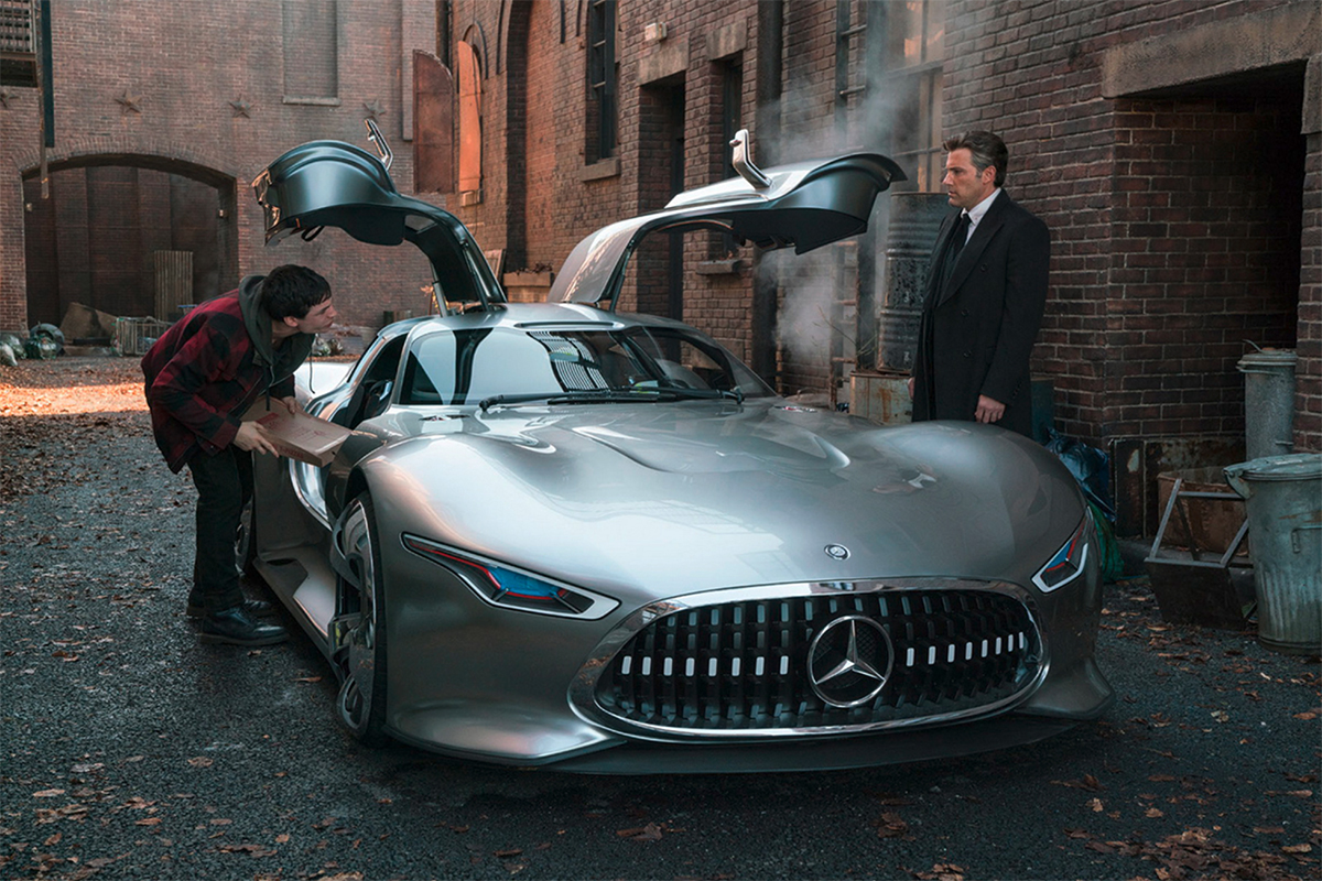 batman to drive mercedes benz vision gt in justice league movie gtspirit. Black Bedroom Furniture Sets. Home Design Ideas