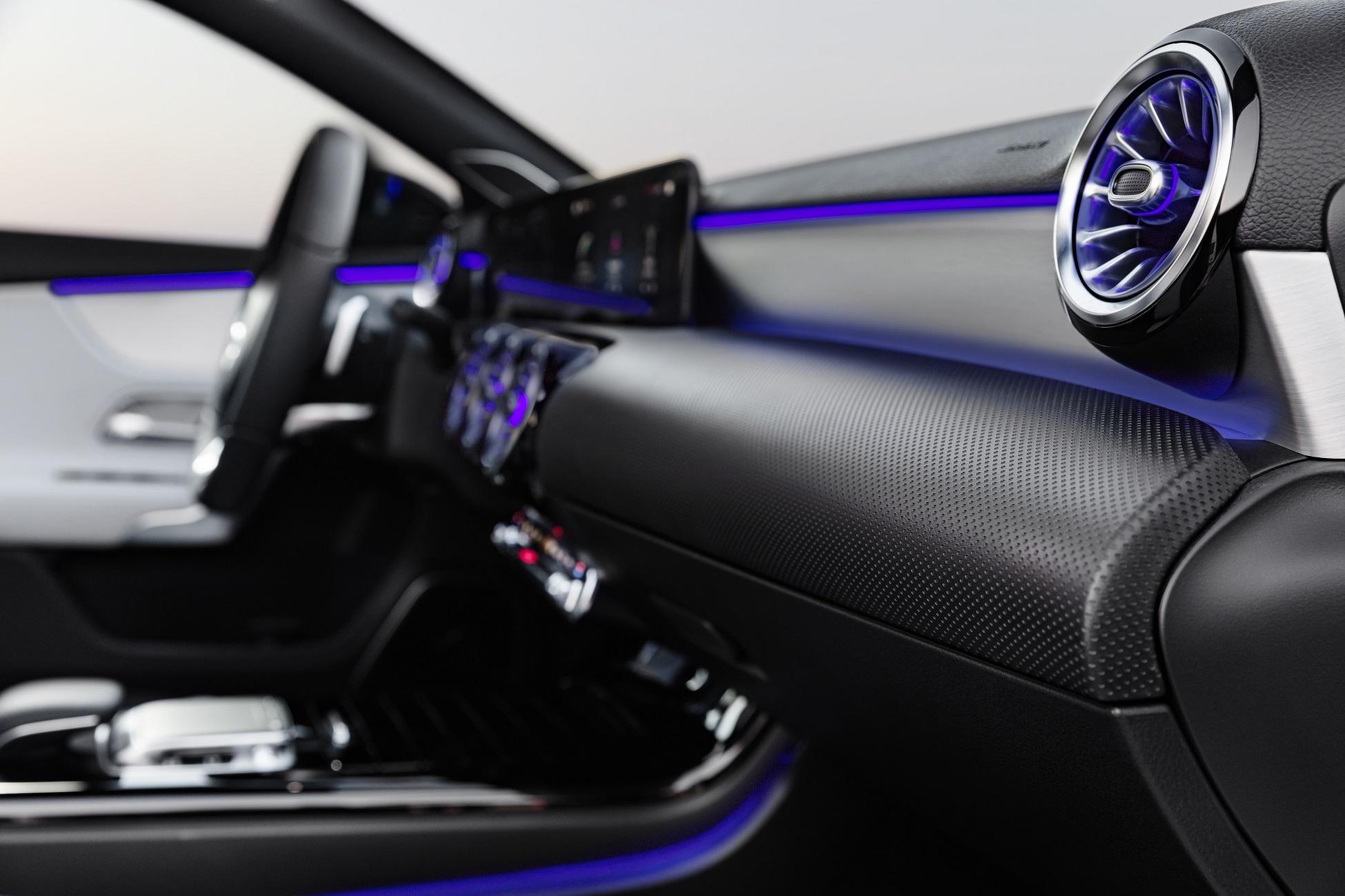 Preview The 2018 Mercedes Benz A Class Interior Gtspirit Unfortunately