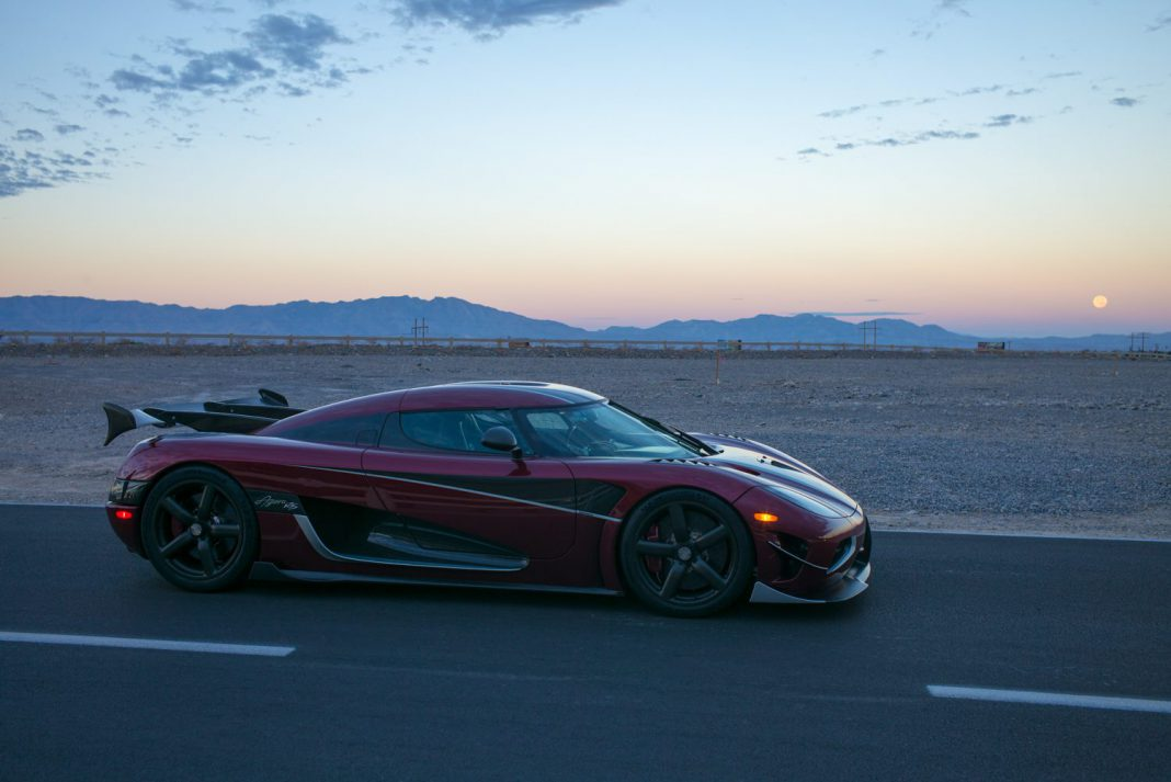 koenigsegg agera rs sets world speed record at 444km h breaks 0 400 0 record gtspirit. Black Bedroom Furniture Sets. Home Design Ideas