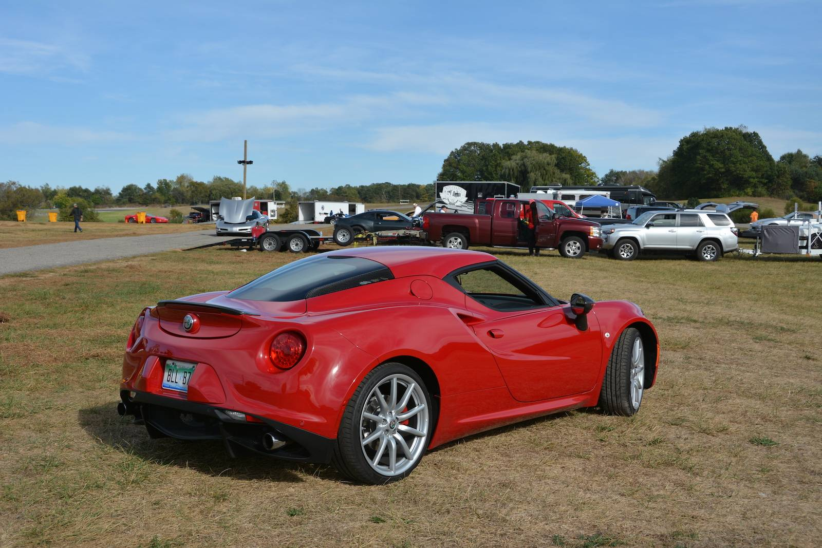 Review: 2017 Alfa Romeo 4C Coupe  GTspirit