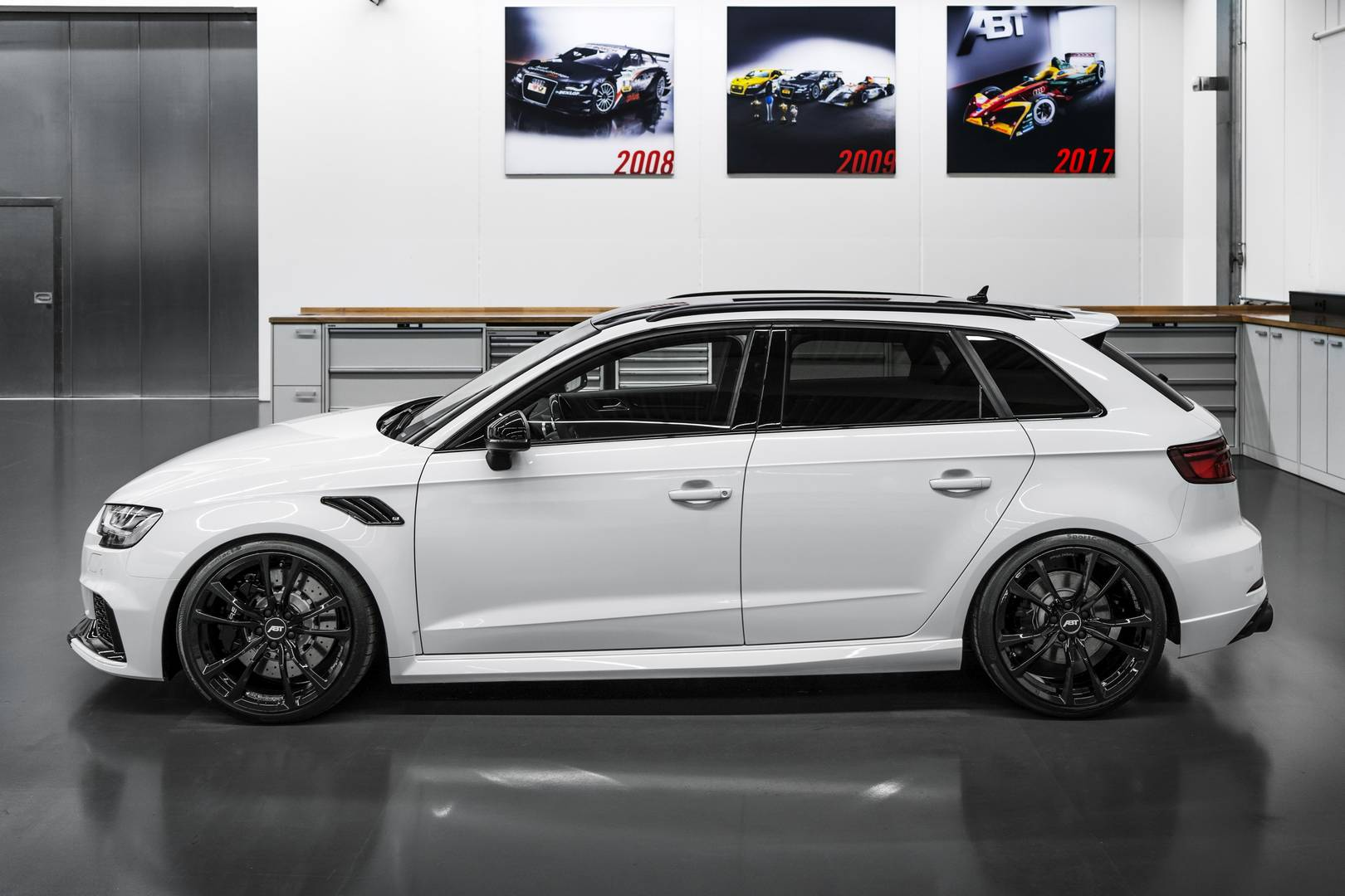 official abt audi rs3 with 500hp gtspirit. Black Bedroom Furniture Sets. Home Design Ideas