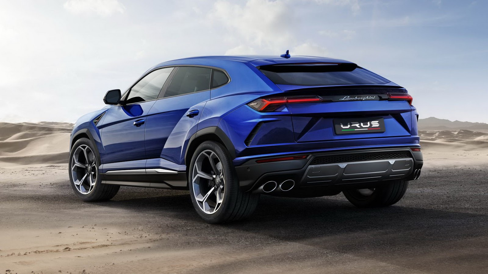 official 2018 lamborghini urus gtspirit. Black Bedroom Furniture Sets. Home Design Ideas