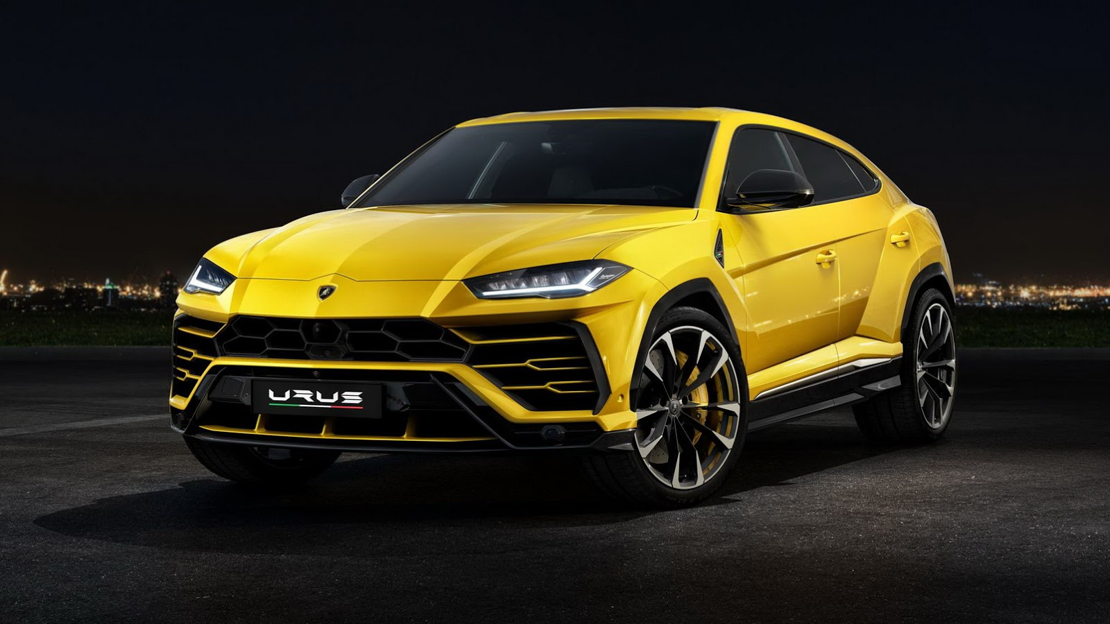 Watch The Lamborghini Urus Debut Live