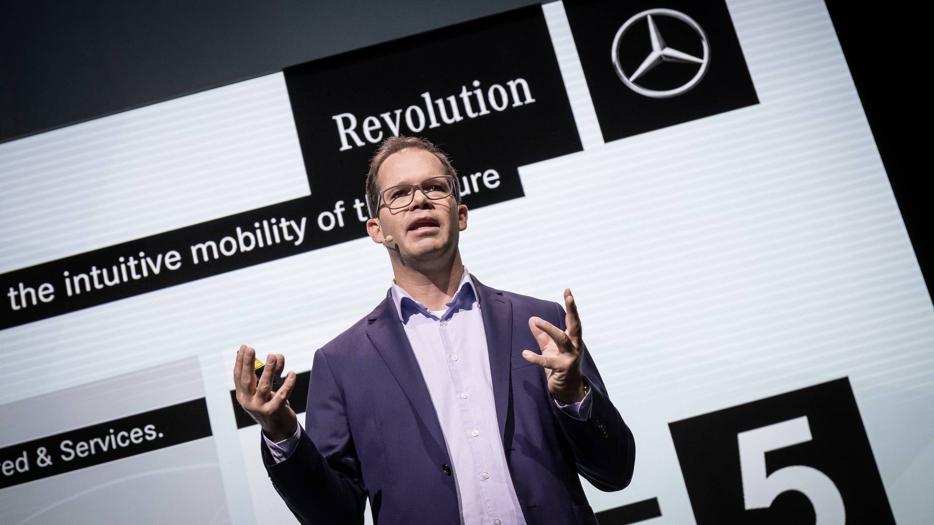 E-Mobility Won't be Cheap: An Interview with Daimler's Wilko Stark