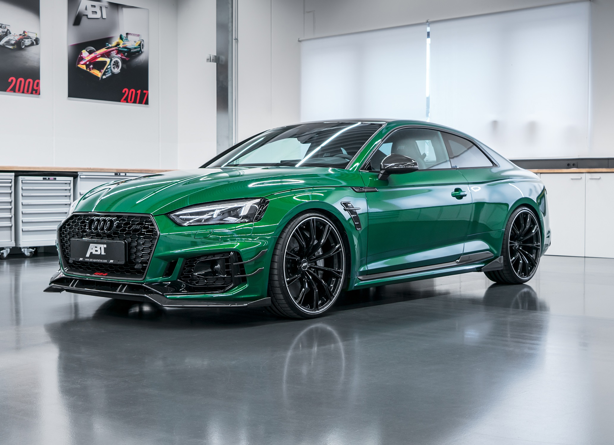 official abt audi rs5 r with 530hp limited to 50 units gtspirit. Black Bedroom Furniture Sets. Home Design Ideas