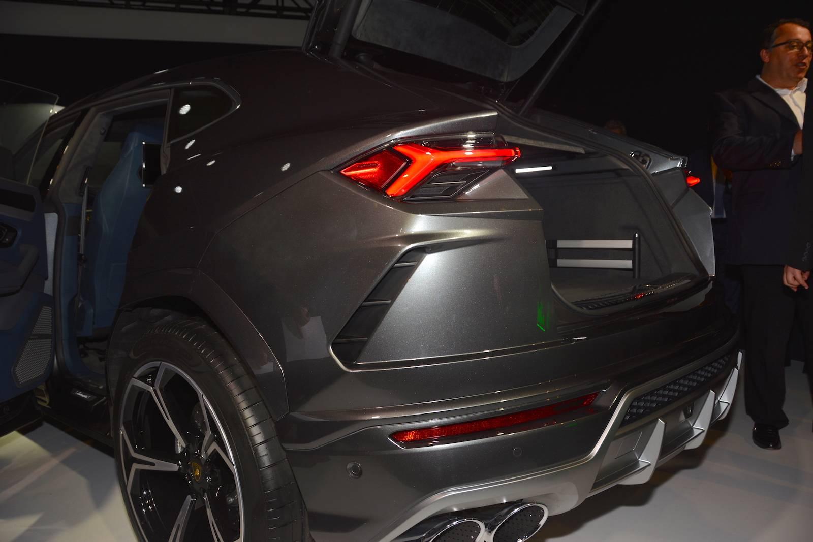 Detroit 2018: Lamborghini Urus  GTspirit
