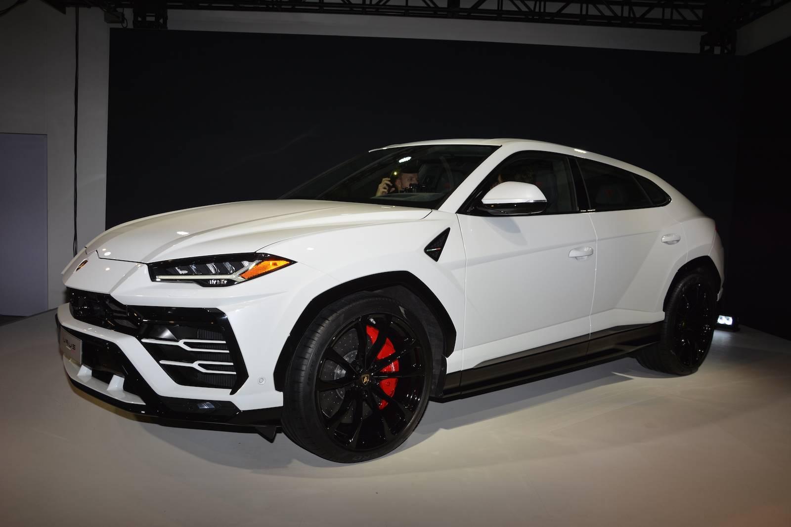 Detroit 2018 Lamborghini Urus Gtspirit