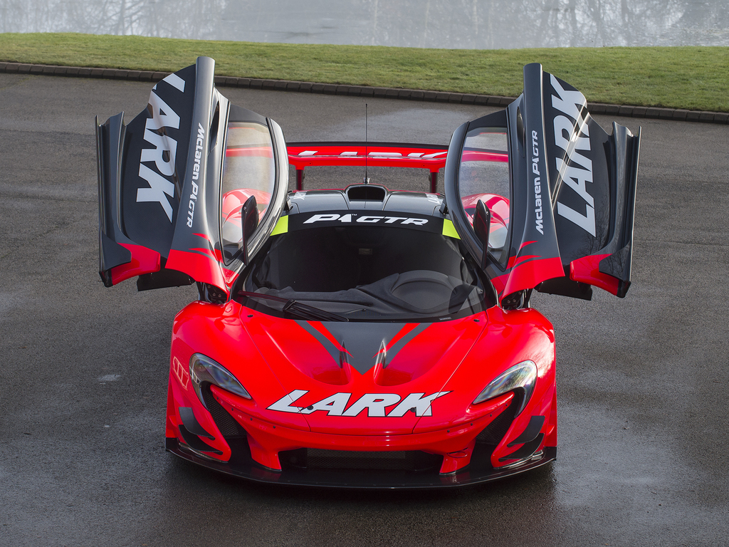 lark mclaren p1 gtr for sale road legal with 852 miles only gtspirit. Black Bedroom Furniture Sets. Home Design Ideas