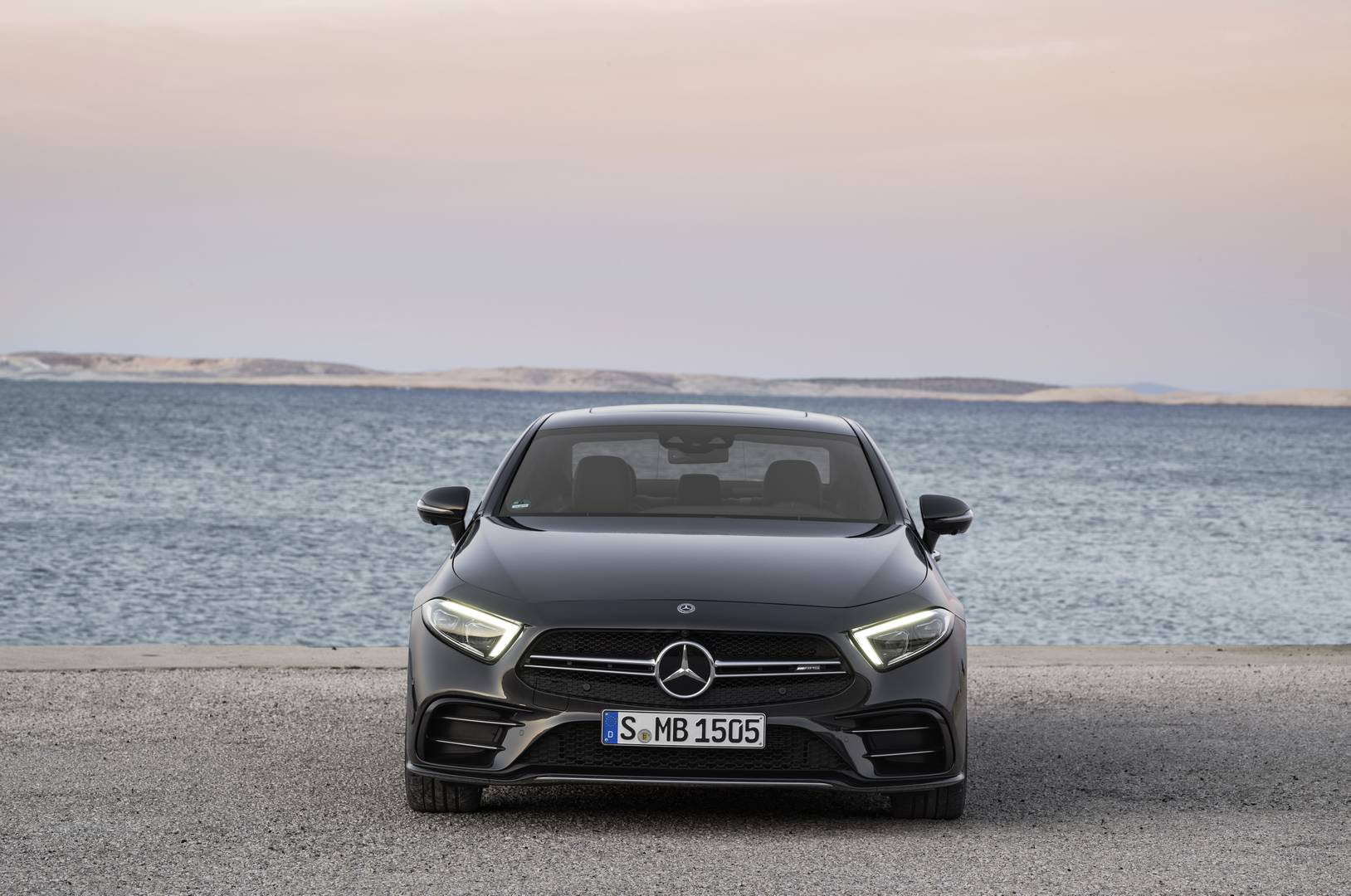 Official 2019 mercedes amg cls 53 and e 53 coup and for Mercedes benz cls series