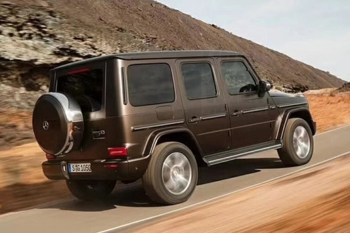 Spy Shots Have Given Us An Idea As To What The 2019 Mercedes Benz G Class  Will Look Like. The Photo Series Shows The Finished Version With An  Altogether ...