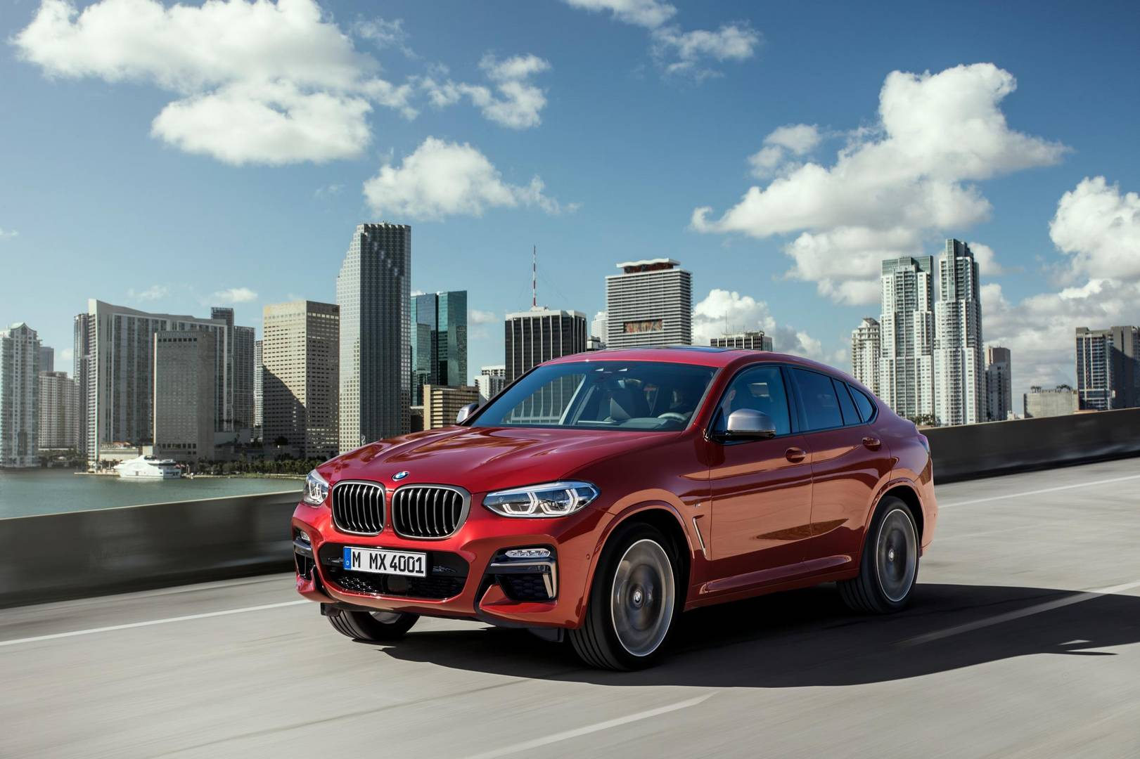Official: 2019 BMW X4