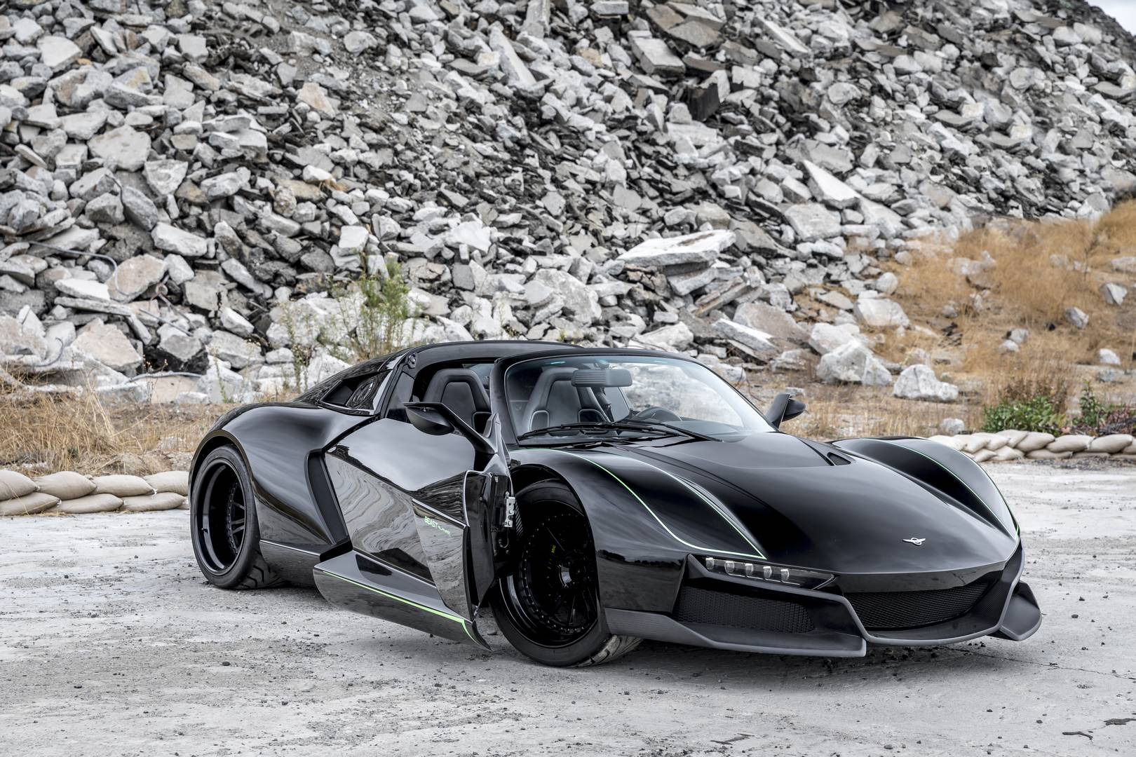 Official: 700hp Rezvani Beast Alpha X 'Blackbird' – Only 5 Units