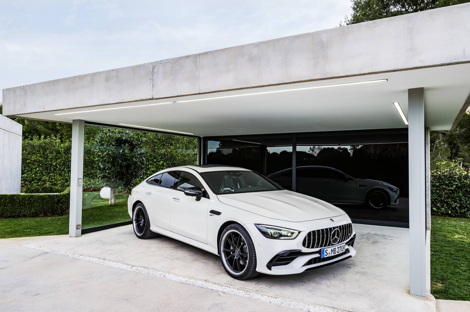 Official: 2019 Mercedes-AMG GT 4-Door Coupe: GT 53, GT 63 ...
