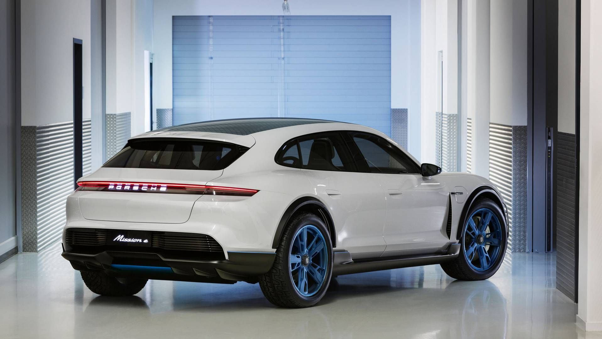 Official: Porsche Mission E Cross Turismo
