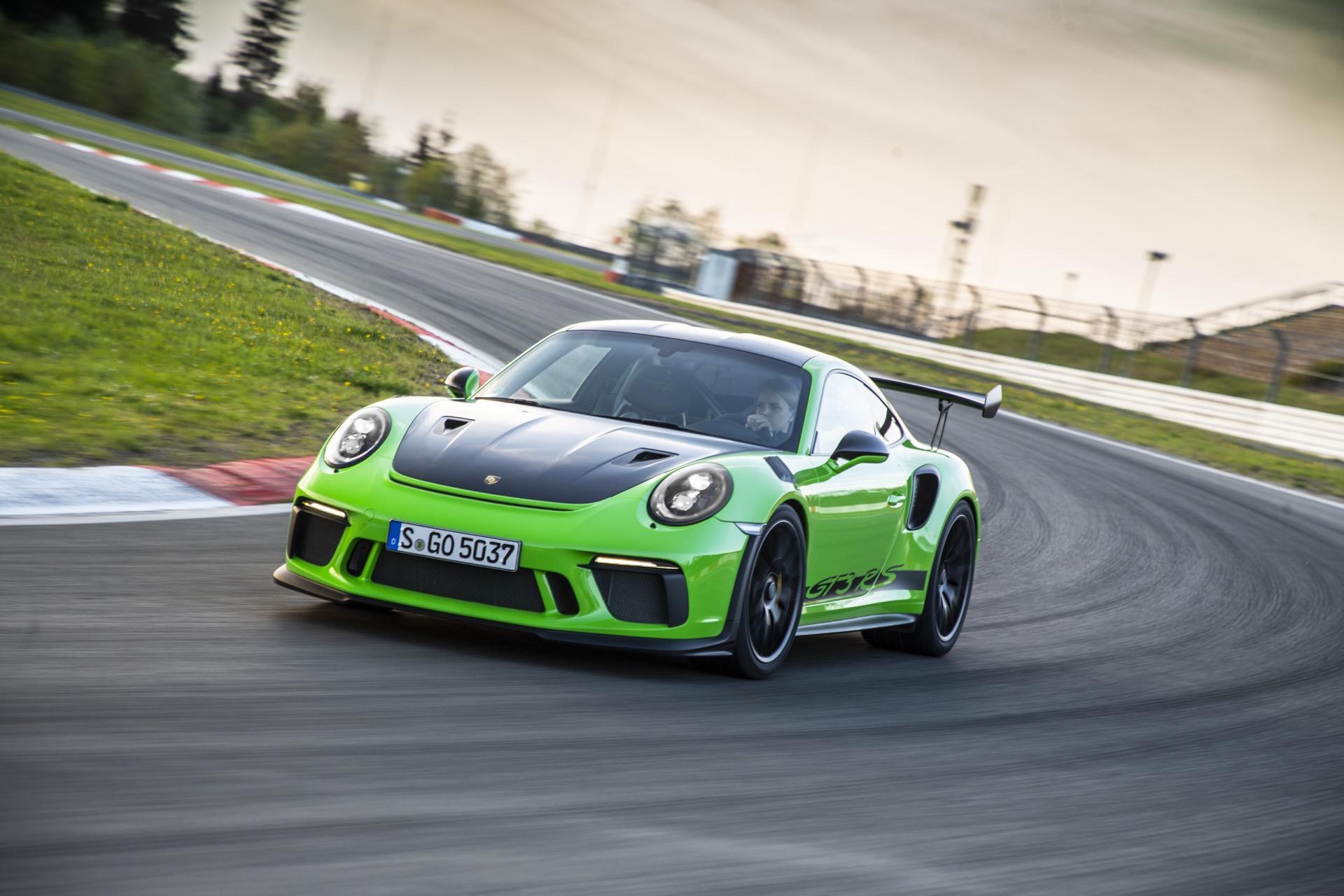 2019 Porsche 911 GT3 RS (Weissach) Review