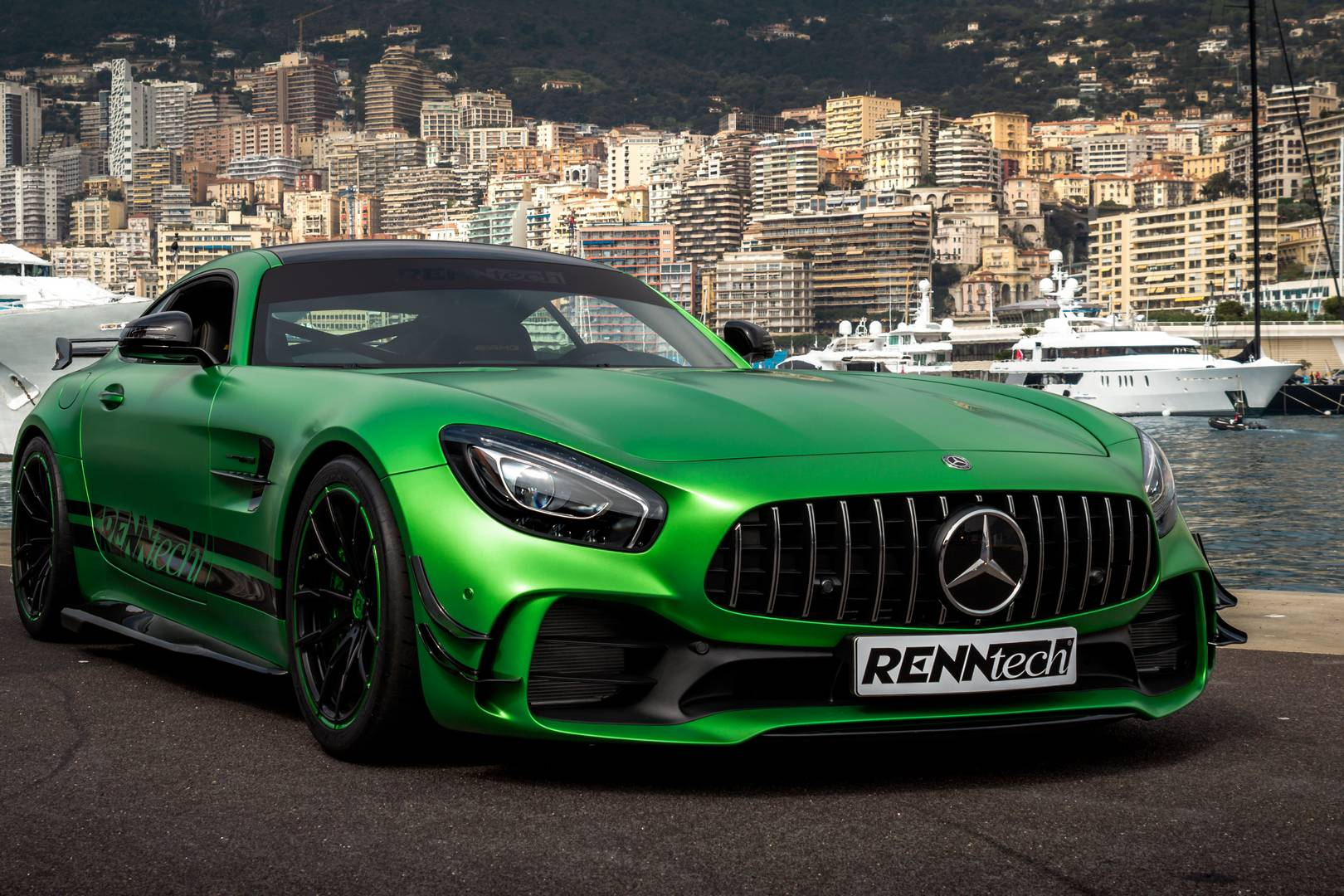 official 825hp renntech mercedes amg gt r gtspirit. Black Bedroom Furniture Sets. Home Design Ideas