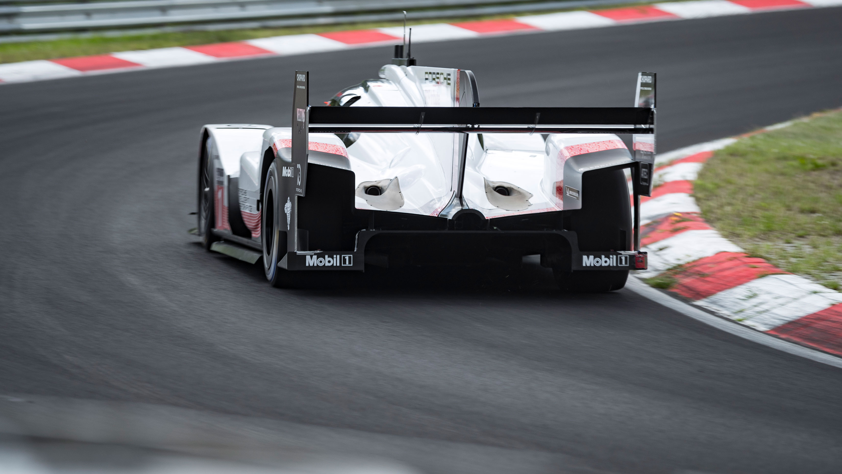 Porsche 919 Evo Nurburgring Record in Progress: Sets 5:19 Lap Time