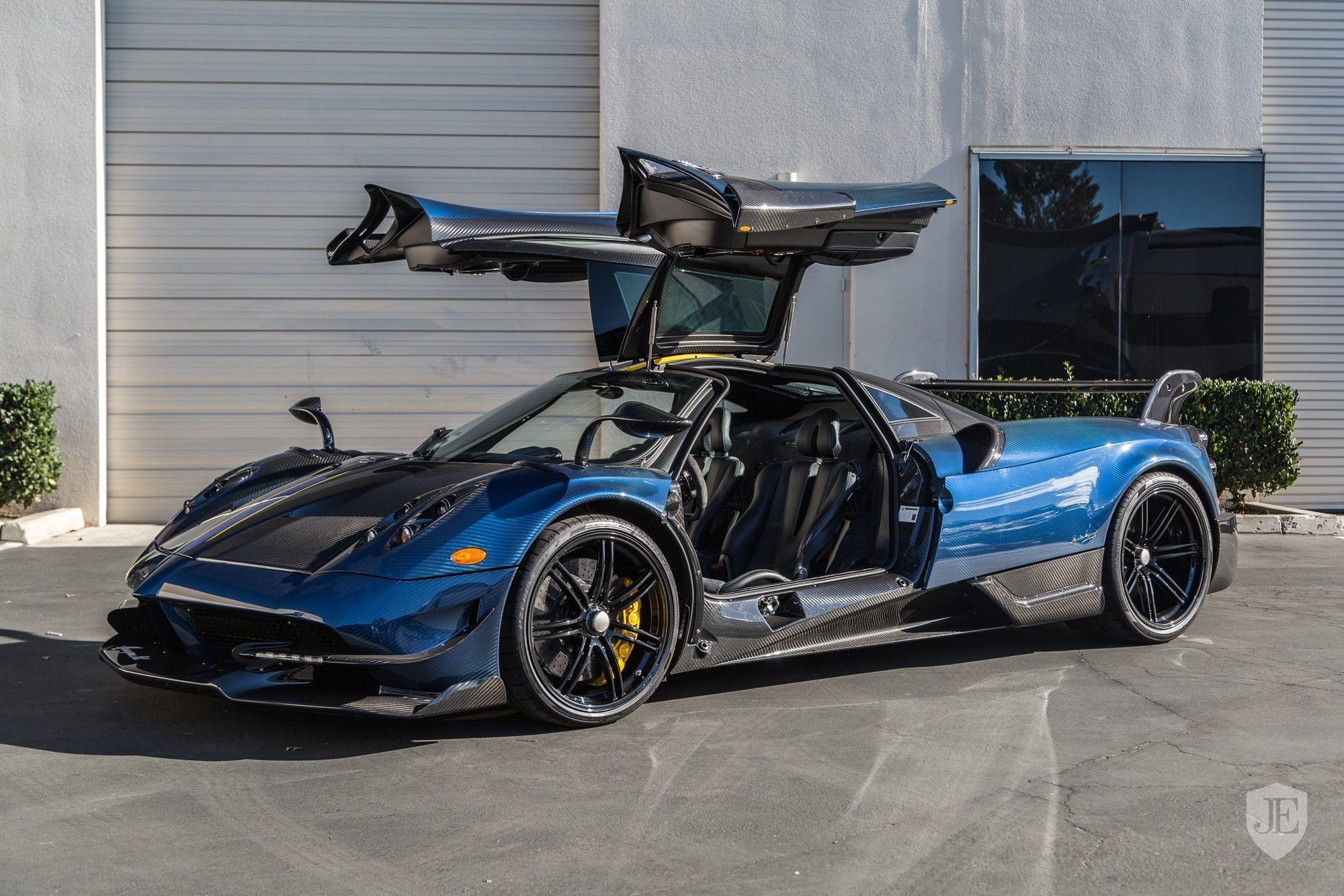 one of twenty pagani huayra bc for sale in the us gtspirit. Black Bedroom Furniture Sets. Home Design Ideas