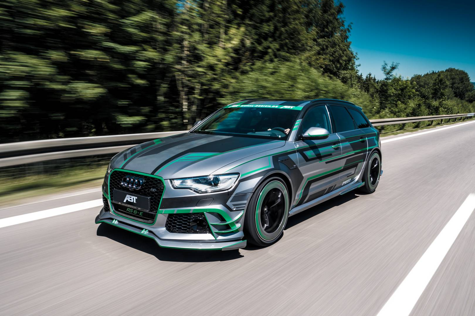 ABT Reveals 1018hp Audi RS6-E Hybrid – First in the World