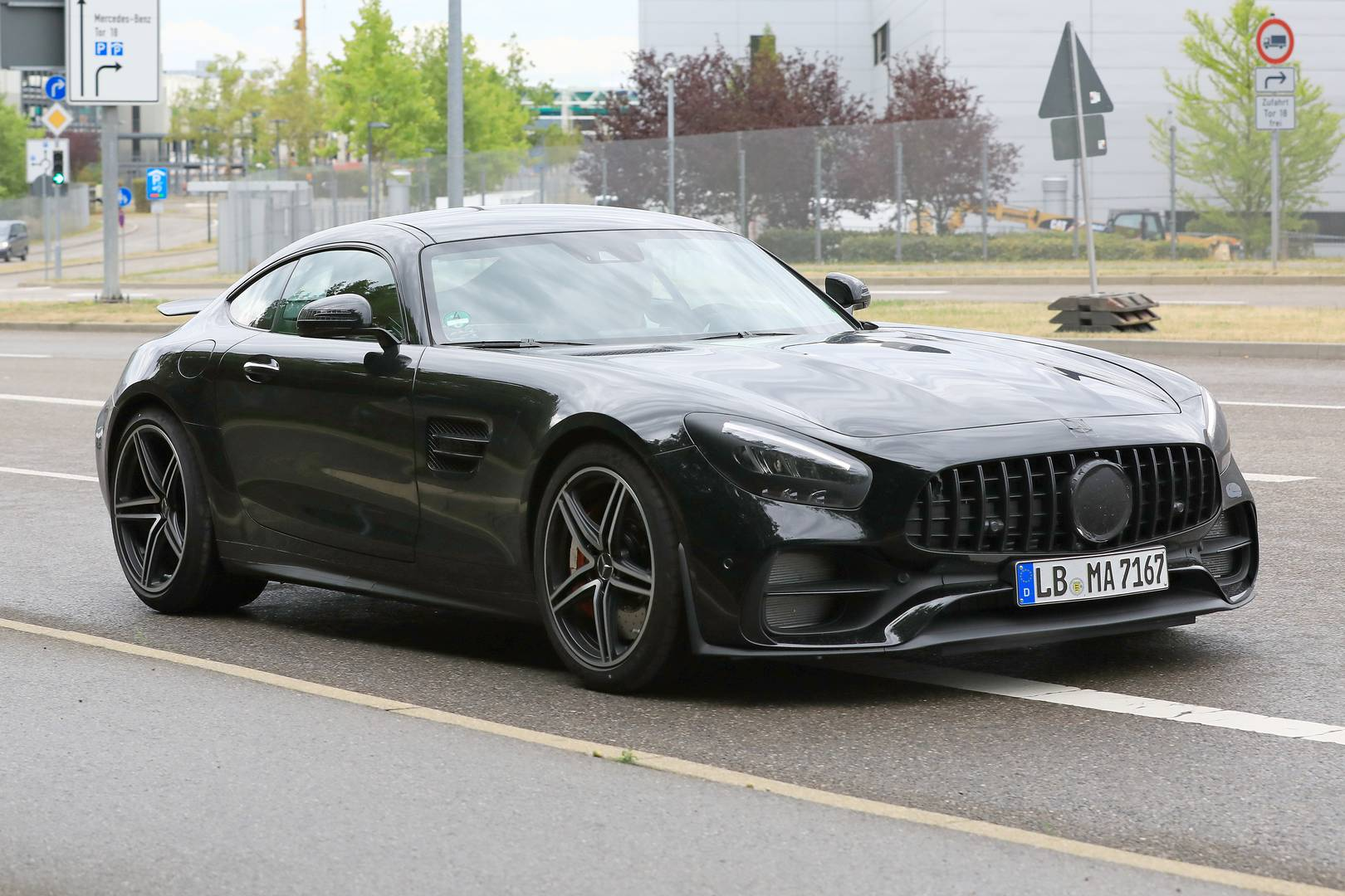 2019 mercedes amg gt facelift first spy shots gtspirit. Black Bedroom Furniture Sets. Home Design Ideas