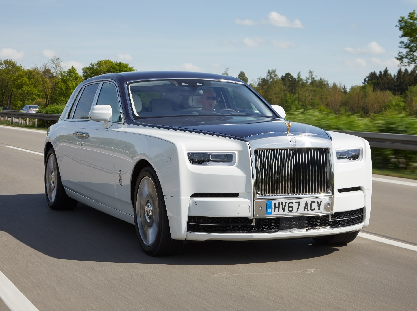 Rolls-Royce Phantom VIII Review