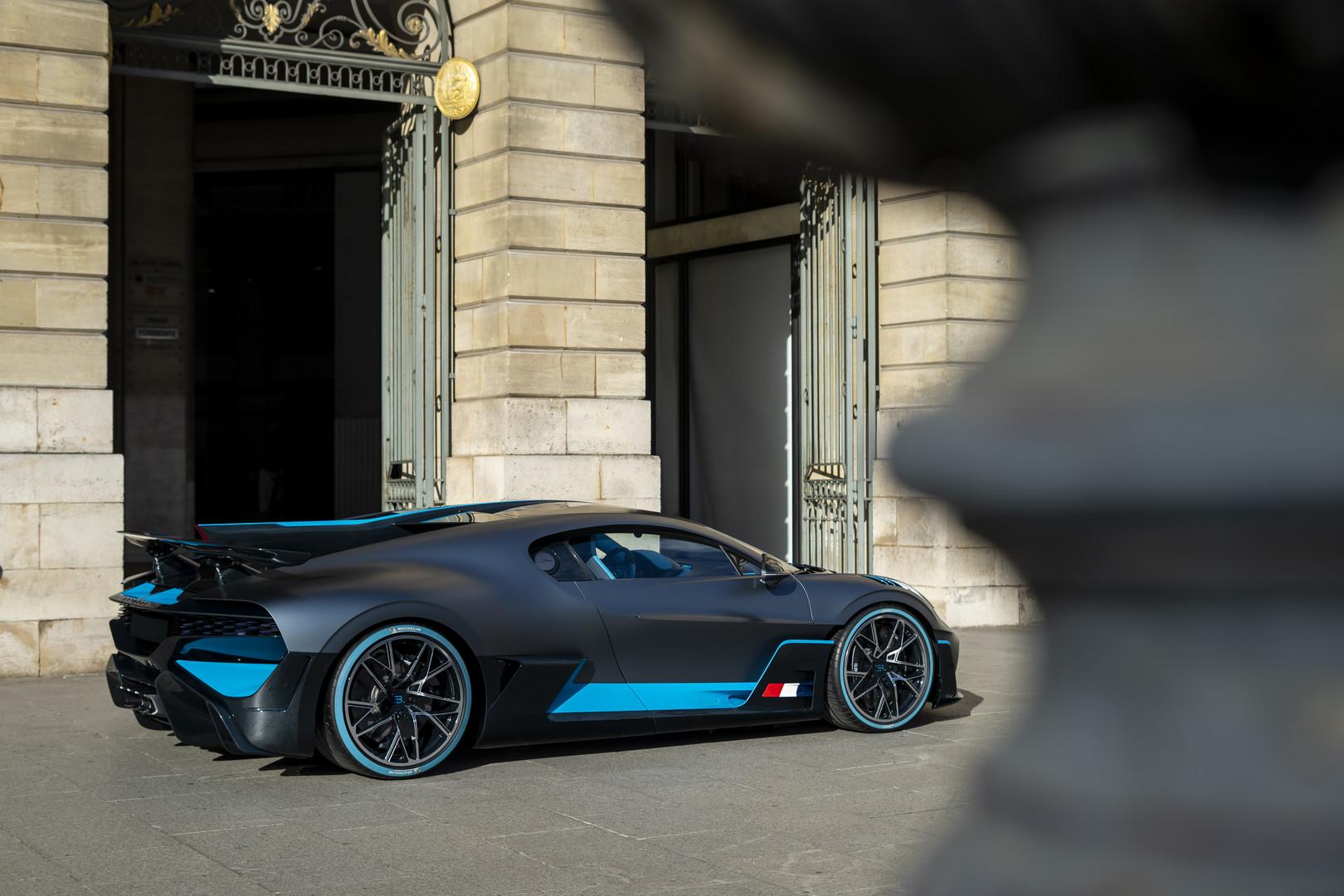 Bugatti Divo Rear Quarter View