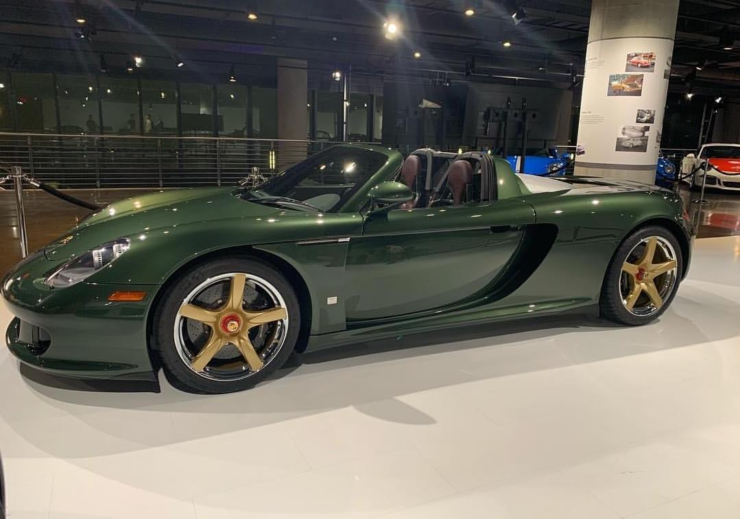 Porsche Classic Recommissions Porsche Carrera GT
