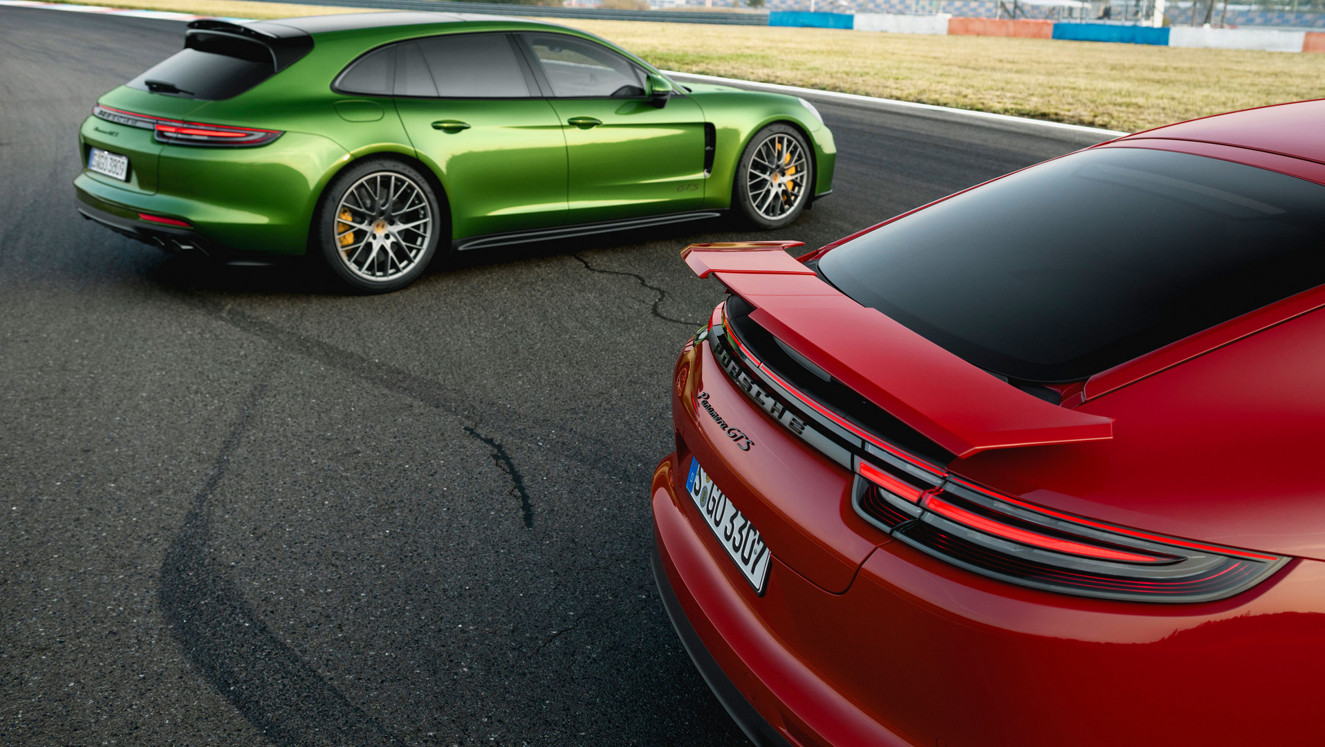 2019 Porsche Panamera GTS Models Revealed