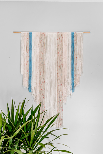 Neutral with Blue hanging